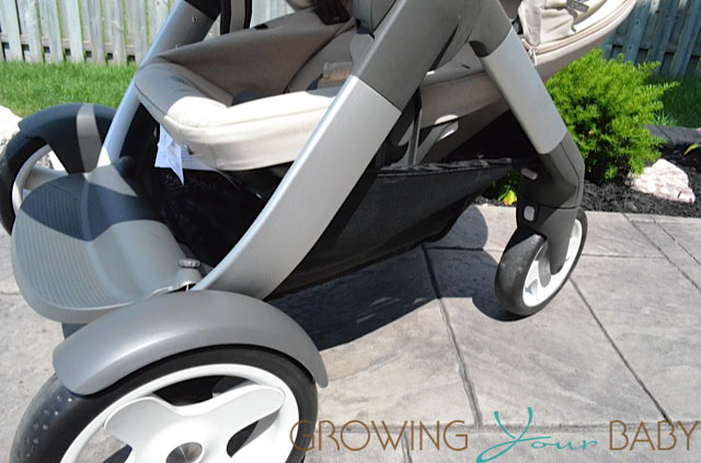 Stokke Crusi - view of basket with second seat installed