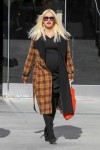 Stylish and pregnant - Gwen stefani 2014