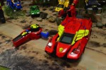 Switch & Go Dinos Turbo Bronco the RC Triceratops as car