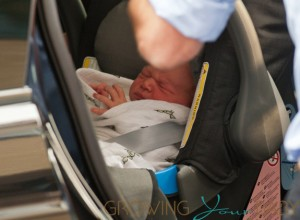 The Prince of Cambridge head home from the hospital