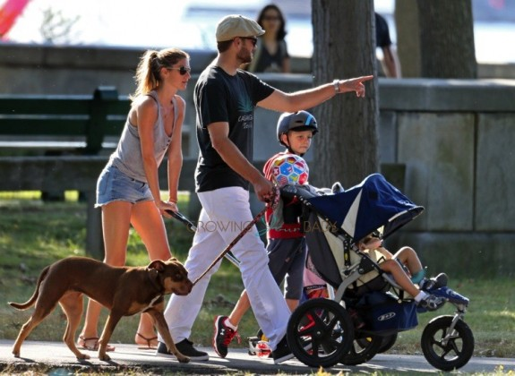 Tom Brady and Gisele Bunchen at the park with their kids John, Benjamin & Vivian