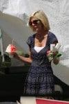 Tori Spelling at the Malibu market