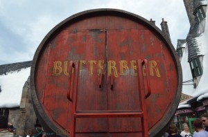 Universal Studios - butterbeer cart
