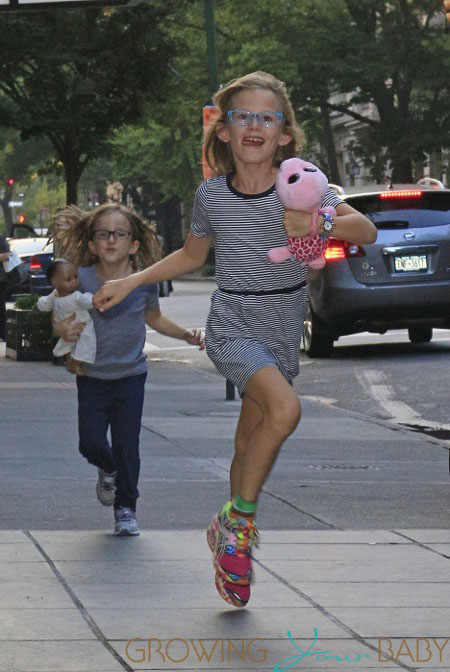 Violet and Seraphina Affleck run through NYC