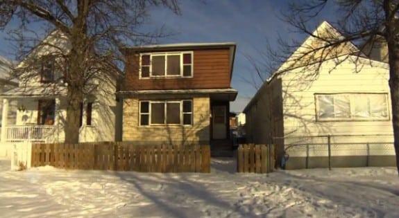 Winnipeg baby dumped in Recyling bin