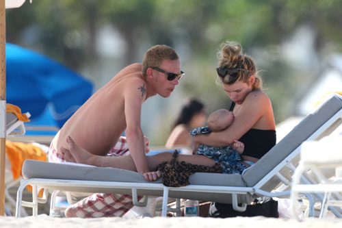 billie piper miami with son Winston