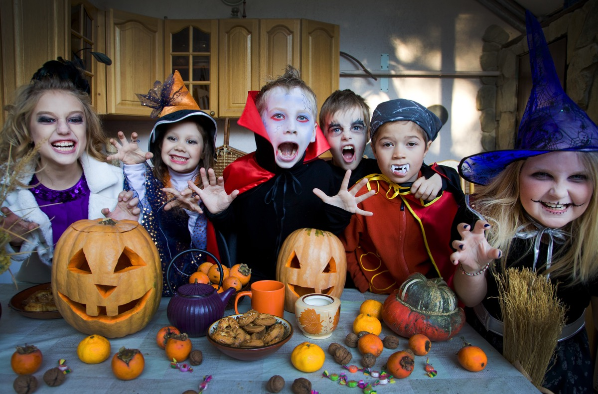kids halloween - Growing Your Baby
