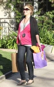 pregnant Rebecca Gayheart