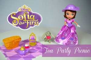 Hot For The Holidays ~ Sofia The First Tea Party Picnic {VIDEO}